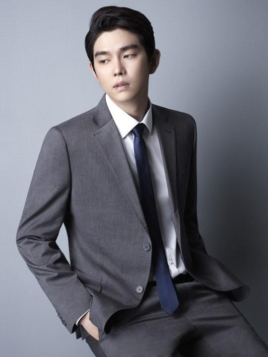 Phải chăng Yoon Kyun Sang chính là 'đứa con cưng' trong truyền thuyết của SBS?